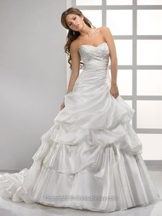 Princess Sweetheart Organza Court Train White Appliques Wedding Dresses