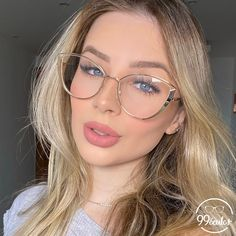 Glasses Trends, Girls With Glasses, Eye Glasses, Specs, Girl Fashion, Sunglasses, Makeup, How To Make, Jewelry