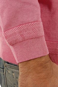 NZA New Zealand Auckland Herren Pullover M rosa Textiles, Mode Shoes, Fashion Details, Fashion Design, Diesel Jeans, Knitwear Fashion, How To Purl Knit, Mode Inspiration, Moda Masculina