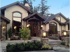4 Bedroom Mountain Home Plan Welcome to Architectural Designs House Plan Wont you come inside?Welcome to Architectural Designs House Plan Wont you come inside? House Paint Exterior, Exterior House Colors, Exterior Design, Stucco And Stone Exterior, Stucco Colors, Cafe Exterior, Bungalow Exterior, Stucco Homes, Cottage Exterior