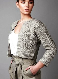 spor hırka modelleri bayan - Tarz Kadın Crochet Cardigan Pattern, Crochet Jacket, Casual Sweaters, Cable Knit Sweaters, Knitting Designs, Knitting Patterns, Crochet Girls, Summer Knitting, Girls Fashion Clothes