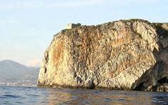 Torri e Castelli - Cittadipraiaamare.it Praia a Mare – La Città dell'Isola di Dino - Torre dell'Isola di Dino