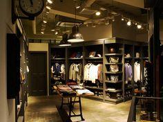 Wardrobe-like wall display