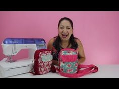 Conheça a aula da Necessaire Multibolsos - YouTube Sewing Patterns Free, Free Pattern, Hand Lettering Alphabet, Shoulder Strap Bag, Cloth Bags, Vera Bradley Backpack, Diy And Crafts, Sewing Projects, Crossbody Bag