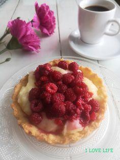 I LOVE LIFE - Blog Kulinarny Love Life, My Love, Waffles, Raspberry, Fruit, Breakfast, Blog, Morning Coffee, Waffle