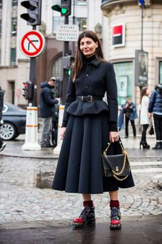 Billedresultat for Giovanna Battaglia Black Women Fashion, Curvy Fashion, Womens Fashion, Style Fashion, Giovanna Battaglia, Fashion Story, Fashion Outfits, Fashion Trends, Women's Dresses
