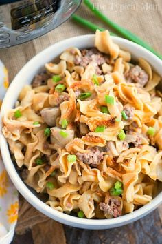 Pressure cooker stroganoff casserole has all the great flavors of traditional beef stroganoff but takes a fraction of time to cook and uses ground beef! Cooking Recipes For Dinner, Instant Pot Dinner Recipes, Instant Pot Pressure Cooker, Pressure Cooker Recipes, Pressure Cooking, Beef Stroganoff Casserole Recipe, Hotdish Recipes, Ground Beef Stroganoff, Potted Beef Recipe