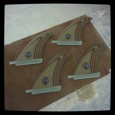 Plywood center bonzer surfboard fins for us-box. www.neyrafins.es
