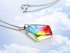 ★クリスタルエッジネックレス(虹色 ) Rainbow Resin. ❤