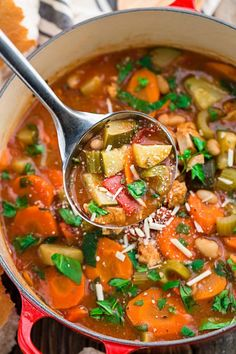 Hearty Vegetable Tuscan Chicken Soup