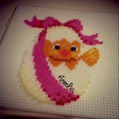 Easter egg hama mini beads by trinespics http://www.creactivites.com/234-plaques-perles-a-repasser-midi-hama