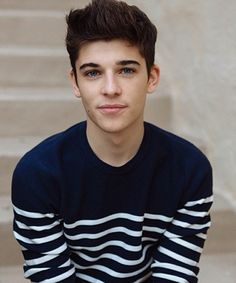 sean o donnell Beautiful Boys, Pretty Boys, Gorgeous Men, Cute Boys Images, Boy Images, Outfits With Striped Shirts, Baseball Boys, Cute Teenage Boys, Men Photography
