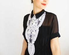 NECKLACE // Lupa // Handmade White Lace Necklace Applique Gold Golden Chain Blouse Accessories Bib Necklace Venise Lace Wedding Bridal