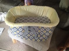 Diy bassinet i love how this turned out you can hardly tell it i converted a laundry basket into a baby bassinet although the basket can be used solutioingenieria Choice Image