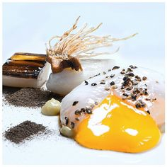 Good morning.. Fancy an egg?!How about the Tristan's! The first Michelin started restaurant in Horsham serving you the royal egg that's perfectly done with an unforgettable taste made by chef Tristan. #FOURMagazin #Food #Foodie #Instagram #Eggs #Royal #Breakfast #yolkporn #Summer #Chef #Chefs #Yummy #MouthWatering #BlackPepper