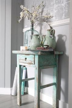 Shabby Chic Decor easy and creative tricks - Wonderful help to organize a comfy and creative simple shabby chic decor . The fantastic tips pinned on this not so shabby day 20181205 , pin note ref 5433475168 Decor, Shabby Chic Decor, Chic Furniture, Farmhouse Decor, Painted Furniture, Cottage Decor, Chic Decor, Home Decor, Chic Home Decor