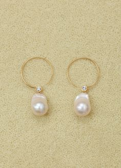d522b415a Baroque hoops in cultured pearls, strass and brass with gold finish |  CÉLINE Celine Earrings