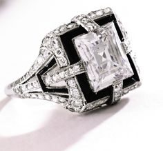 ♡ Platinum, Diamond and Onyx Ring, Tiffany & Co., Circa 1925