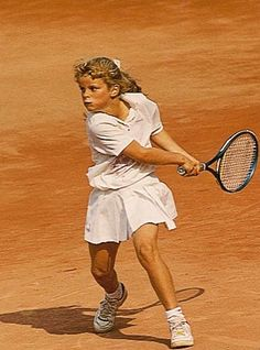RANDOM THOUGHTS OF A LURKER: Women Tennis stars when they were young - Kim Clijster
