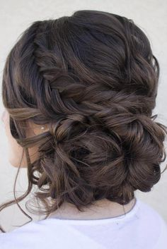 Updos for medium hair are considered to be among the most versatile hairstyles. We have a collection of chic updos to give you some inspiration.