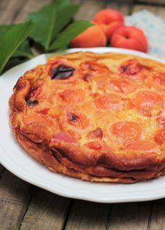 Le clafoutis aux abricots de ma Grand-Mère - CAMELIE Quiche, Biscuits, Pizza, Fruit, Breakfast, Desserts, Couture, Food, Kitchens