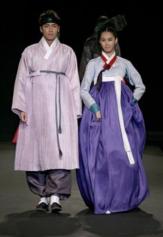Basic elements of male hanbok are: baji (trousers), jeogori (jacket), joggi (vest), durumagi (topcoat) and dopo (outer garment worn by upper class people). The lower end of the baji (trouser) tied with a denim (cloth band) well expresses masculine beauty. When going out, upper class men wore dopo and gat (hat). If upper class men went out without being properly clothed, people would speak ill of him behind his back saying that he was an ill-mannered person.