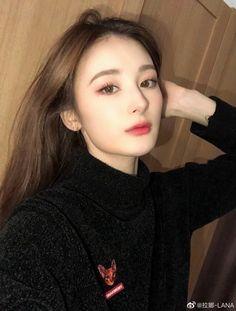 Makeup Korean Style, Pretty Korean Girls, Boy Celebrities, I Icon, Ulzzang Girl, Pretty Woman, Actors & Actresses, Cute Girls, Korean Fashion