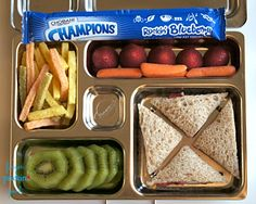 Here's what's inside: Crunchy Peanut Butter w/ Fresh Strawberry Slices Sandwich (no crust)= 20 carbs Strawberries= 3 carbs Kiwi= 10 carbs Baby carrots=1 carb Chobani Champions yogurt tube=9 carbs ½oz veggie straws =5 carbs  Lunch Total= 48 carbohydrates