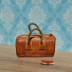 1:12 scale Miniature Lether Weekend Bag and Wallet