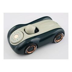 WEBSTA @ playforever - Just found this image of the first Viglietta prototype. Slightly more romantic than what we have arrived at for production. Feels better than I remember. Maybe we can produce it as a limited edition. #designerbrand #lux #designer #design #newyork #toy #toys #art #arttoys #prototype #prototyping #model #modelcar #dream #wheels