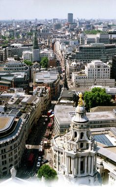 London from St. Paul's Cathedral | England (by w4lrusss)
