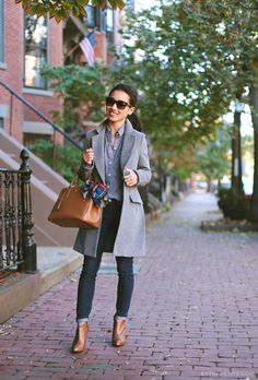 Chambray. Dark denim. Pops of cognac brown in the purse and shoes.