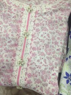 Neckline Designs, Neck Designs For Suits, Sleeves Designs For Dresses, Dress Neck Designs, Stylish Dress Designs, Kurta Neck Design, Kurti Sleeves Design, Salwar Kameez, Churidar