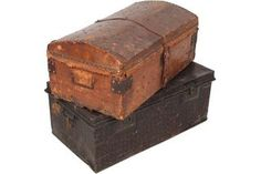 Antique steamer trunks are increasingly popular items purchased at auctions or antique shops and used as storage for linens, towels or CDs. Made during the late 19th and early 20th centuries, steamer trunks contained the possessions and toiletries travelers used during long voyages on passenger ships. Steamers usually need some cleaning or...
