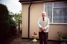 Eddie O'Mahony in front of his prefab, Excalibur Estate, 2003.