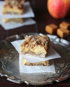 Apple Caramel Pie Bars | leelalicious.com