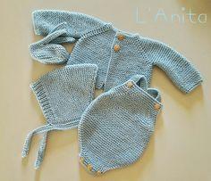 Conjunto recién nacido tejido a mano. L'Anita