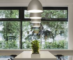 Nur never gets old ► http://bit.ly/1M4ZuLn #design Ernesto Gismondi Vodafone Campus, Düsseldorf | Project by HPP Hentrich-Petschnigg & Partner GmbH + Co.KG | Lighting concept by Rhein Licht | © Werner Huthmacher