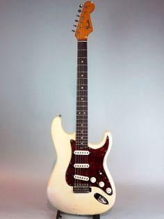 "FENDER/USA[フェンダー/ユーエスエー] 1965 Stratocaster ""Original Olympic White/Tortoiseshell Pickguard""|詳細写真"