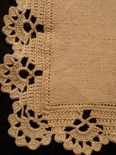bicos e barrados de croche para pano de prato com grafico ile ilgili görsel sonucu Crochet Edging Patterns, Crochet Lace Edging, Crochet Borders, Crochet Trim, Love Crochet, Filet Crochet, Crochet Designs, Crochet Doilies, Crochet Stitches