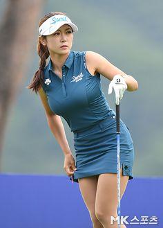 Girls Golf, Ladies Golf, Golf Fashion, Sport Fashion, Sexy Golf, Cute Golf Outfit, Pernas Sexy, Beautiful Athletes, Female Cyclist