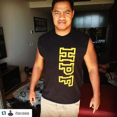 @itavaea getting the guns out in his #hpfcrew muscle tee  #brumbies #brumbiesrugby @brumbiesrugby #rugby  #Repost @itavaea with @repostapp.  Thanks @highperformancefitness for hooking me up with this bad ass singlet  #getonenow #HPF