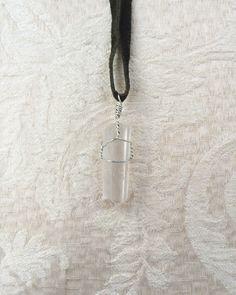 Ein persönlicher Favorit aus meinem Etsy-Shop https://www.etsy.com/de/listing/472773138/clear-quartz-necklace