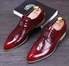 I found some amazing stuff, open it to learn more! Don't wait:https://m.dhgate.com/product/genuine-leather-mens-pointed-toe-dress-shoes/385735041.html