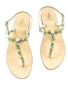 Sandalo gioiello in pelle laminata verde con Swarovski gialli e verdi - Sandali capresi