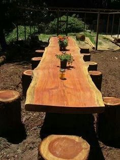Cross cut table