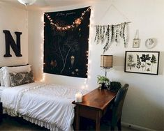 40+ Cute and Comfy College Apartment Inspirations on A Budget
