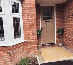 Bay Tree Front Door, Front Porch, Redrow Homes, New Builds, The Row, Garage Doors, Oxford, New Homes, Outdoor Decor