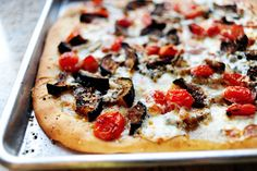 Pioneer Woman's Favorite Pizza Dough & pizza toppings