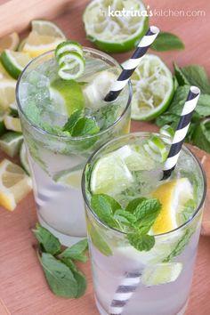 Nojito Recipe (non-alcoholic mojito) from Summer Cocktails, Cocktail Drinks, Cocktail Recipes, Drink Recipes, Popular Cocktails, Non Alcoholic Mojito, Bebidas Detox, Alcohol Free, Recipes